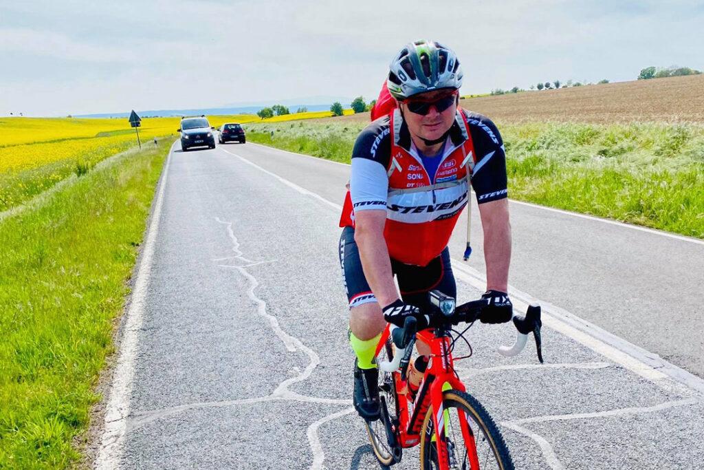 Karsten Isaack unterwegs auf einem Mountainbike